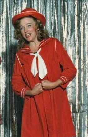 1986 Hollywood in Revue Linda Thomas as Shirley Temple